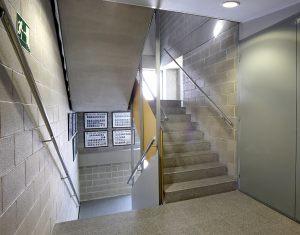 Instalaciones en colegios y centros educativos. Ingenieros Badalona